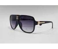 Солнцезащитные очки LouisVuitton