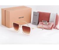 Солнцезащитные очки MIU MIU MM-02