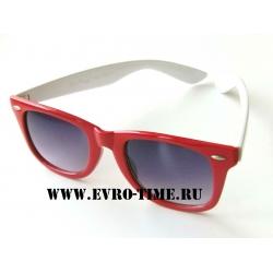 Солнцезащитные очки wayfarer красно-белые