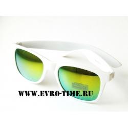 Солнечные очки зеркальные с белой оправой купить в интернет магазине в Уфе